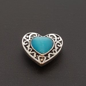 Jewelry - 20mm Loveheart w/ Cyan Opal Snap